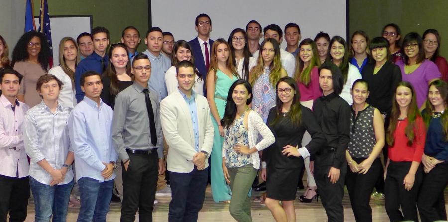 estudiantes-upr-de-cayey