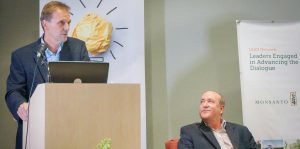 Michael Graham Monsanto y Nelson J Perea PRTC