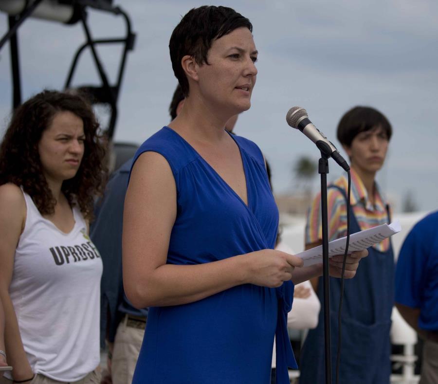 brigada de Greenpeace en Puerto Rico