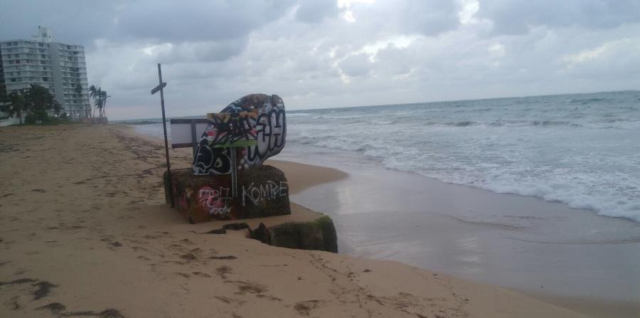 monitoreo de las aguas en la playa de Condado