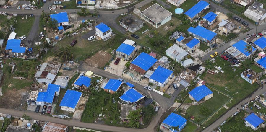 toldos en residencias afectadas Puerto Rico