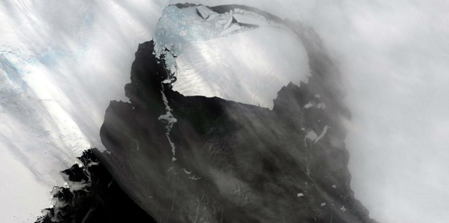 iceberg plataforma glaciar Antartida
