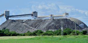 deposito de residuos de combustion de carbon en el vertedero de Penuelas