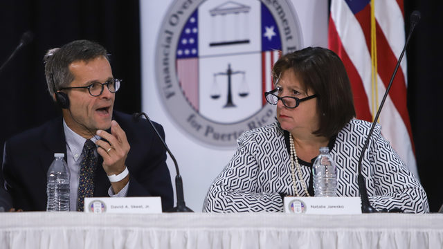 simposio crisis fiscal y humanitaria de Puerto Rico