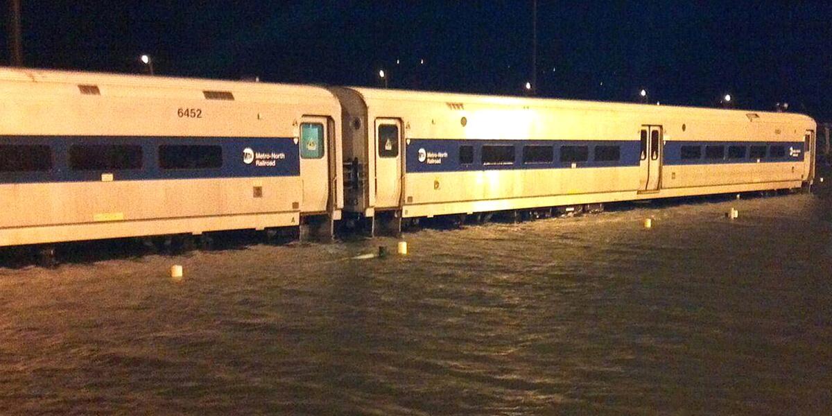 A train at Metro-North Railroads Croton-Harmon station