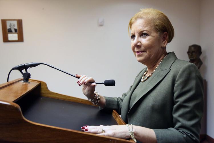 alcaldesa Julia Nazario