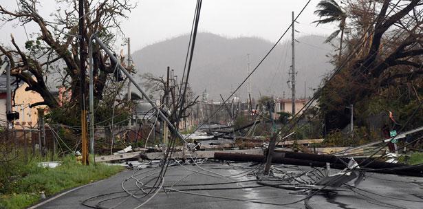 despues de huracan maria cables