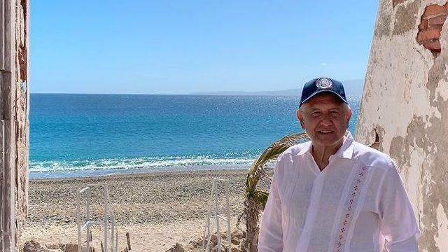 Andres Manuel Lopez Obrador en las Islas Marias