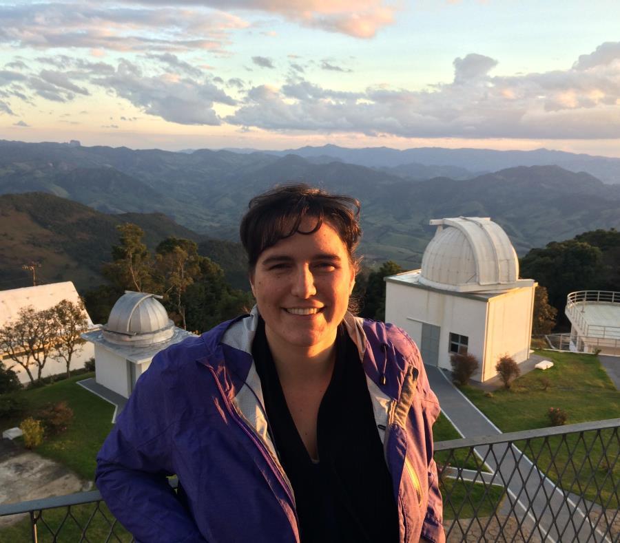 astronoma Karin Menendez-Delmestre