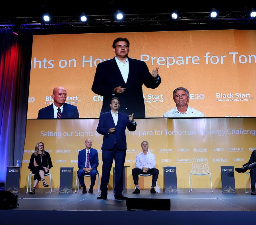 senador Eduardo Bhatia panel Game changers local innovators and policymakers