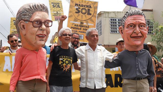 Residentes y seguidores de Casa Pueblo MARCHA DEL SOL ADJUNTAS