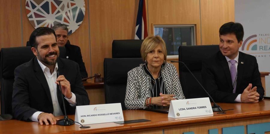 Ricardo Rossello presidenta Negociado Telecomunicaciones Sandra Torres subdirector de la AEE Jaime Lopez