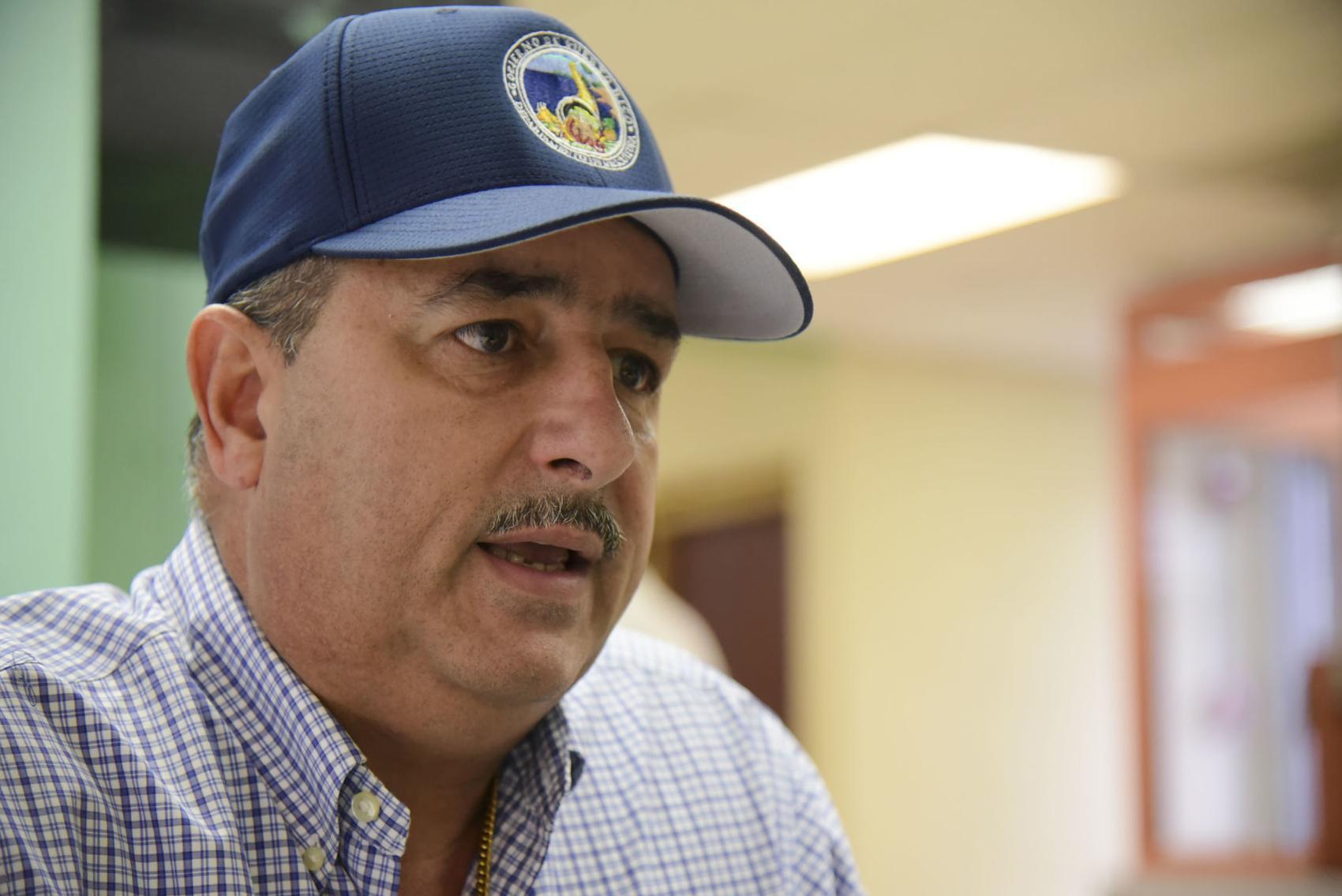 secretario Agricultura Carlos Flores Ortega