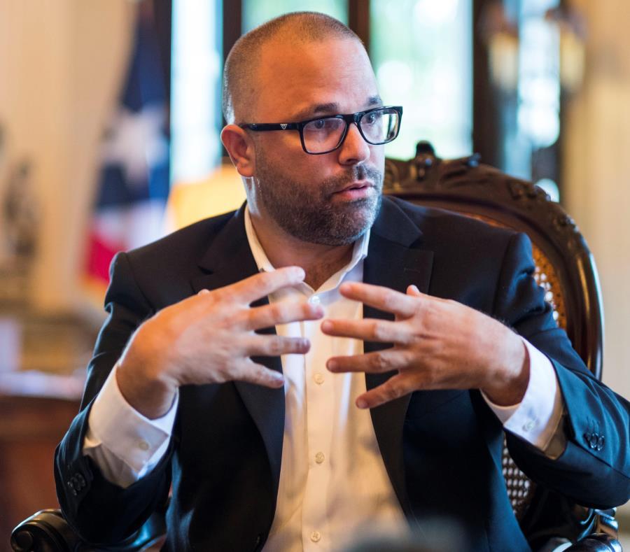 secretario de Desarrollo Economico Manuel Laboy