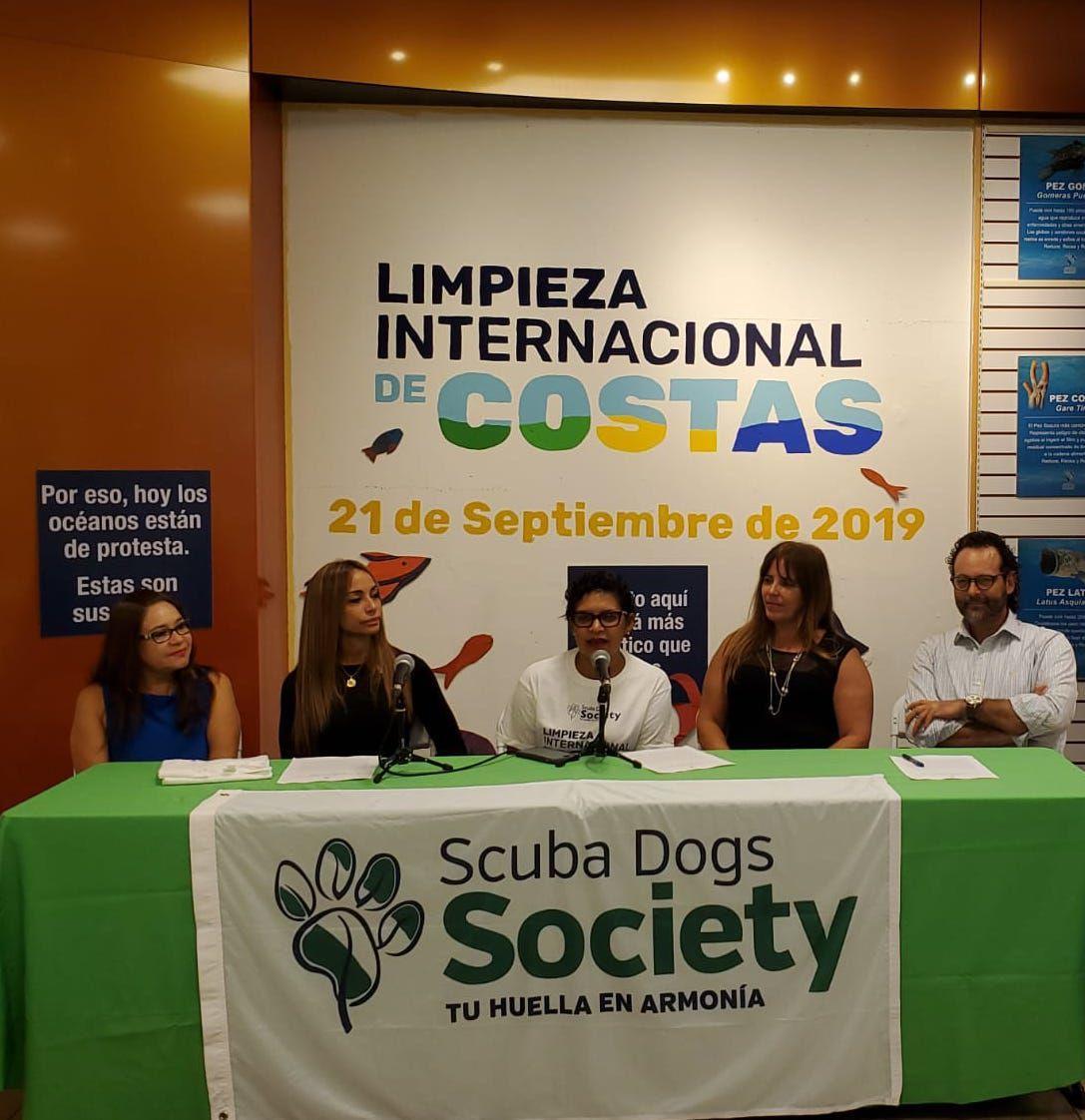 Scuba Dogs Society SDS