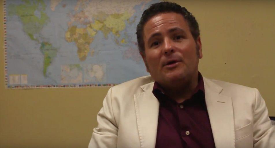 Doctor Carlos Sariol