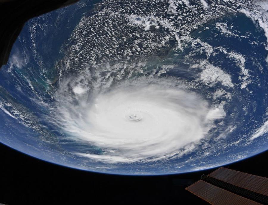 huracan Dorian desde el espacio
