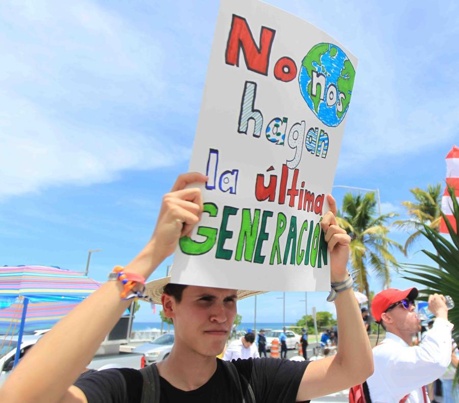 Marcha Ante El Cambio Climatico