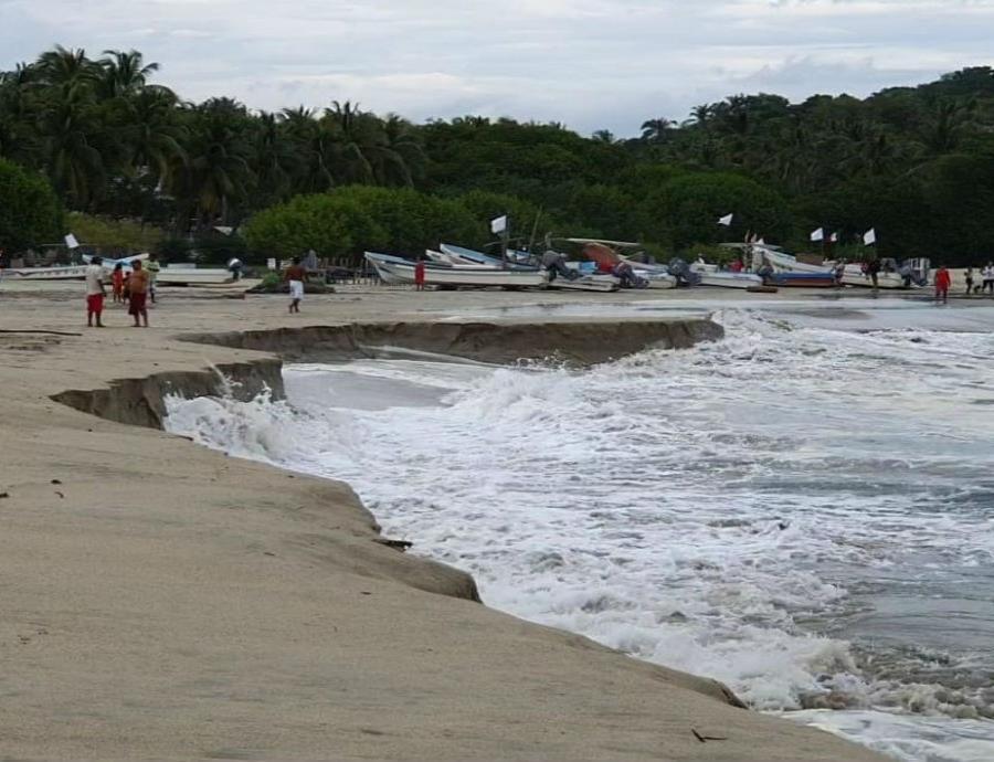 Playa Mexicana De Puerto Escondido