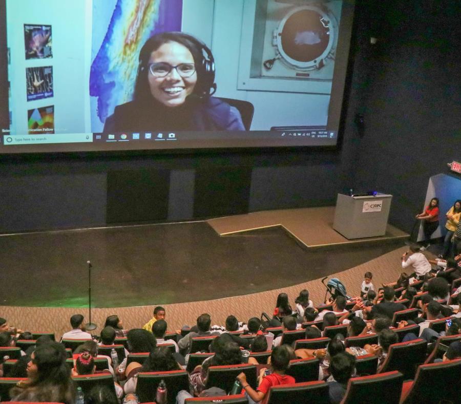 puertorriqueña Yashira Cruz Rodríguez teleconferencia estudiantes Centro Criollo de Ciencia y Tecnologia del Caribe C3Tec Caguas