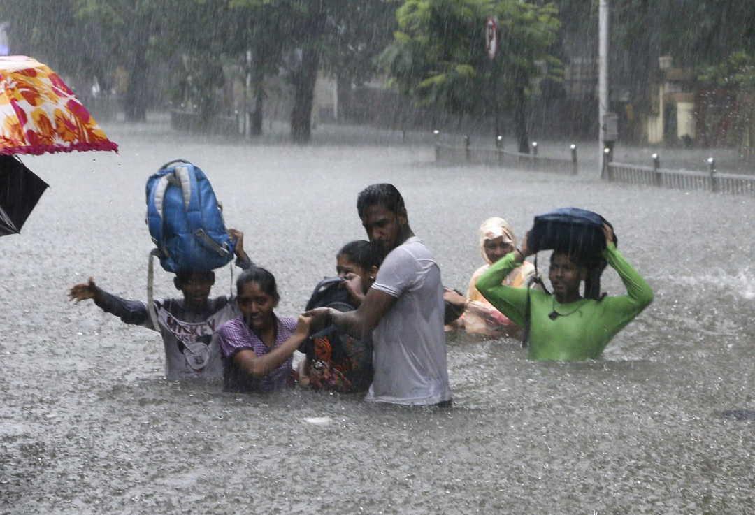 Calle Inundada En Mumbai India