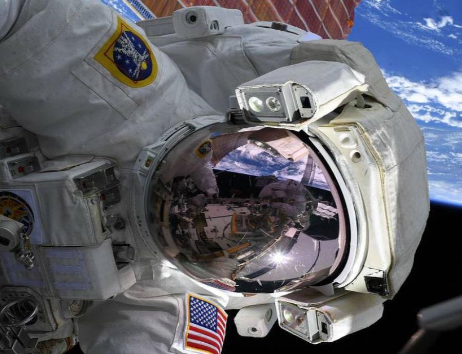 Caminata Espacial De Mujeres Astronautas