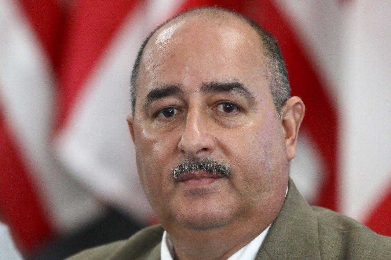 Secretario De Agricultura Puerto Rico Carlos Flores