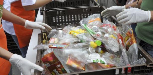 Campaña Mexicana Hagamos Esto Junto Plasticos