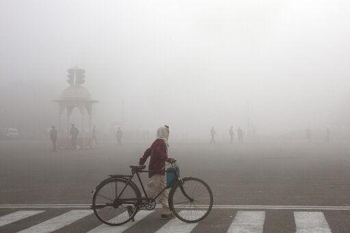 Ciclista Smog Matutino Nueva Delhi India