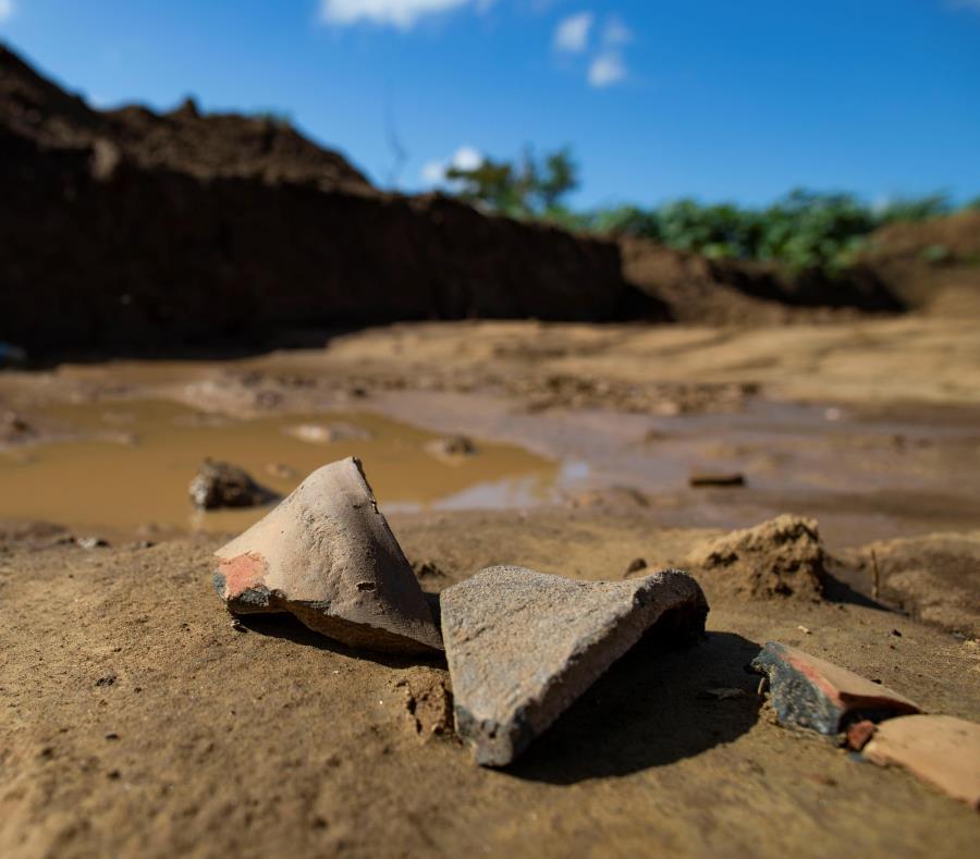 Yacimiento Rio La Plata En Dorado