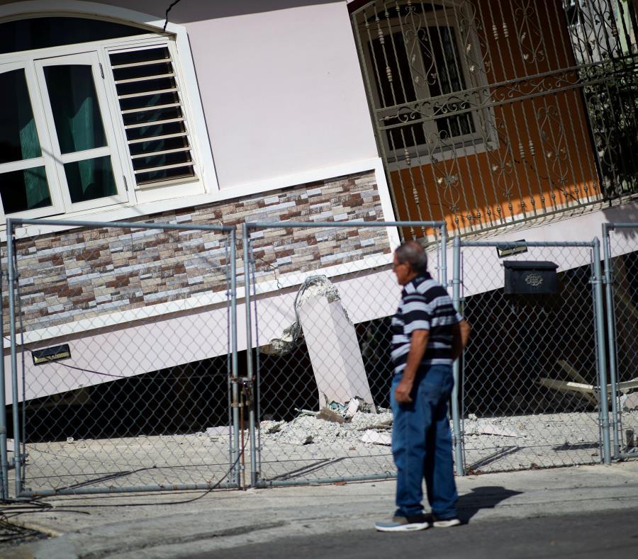 Casa Desplomada La Esperanza En Guanica