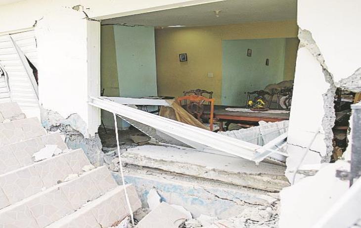 Casa Destruida Terremoto Puerto Rico