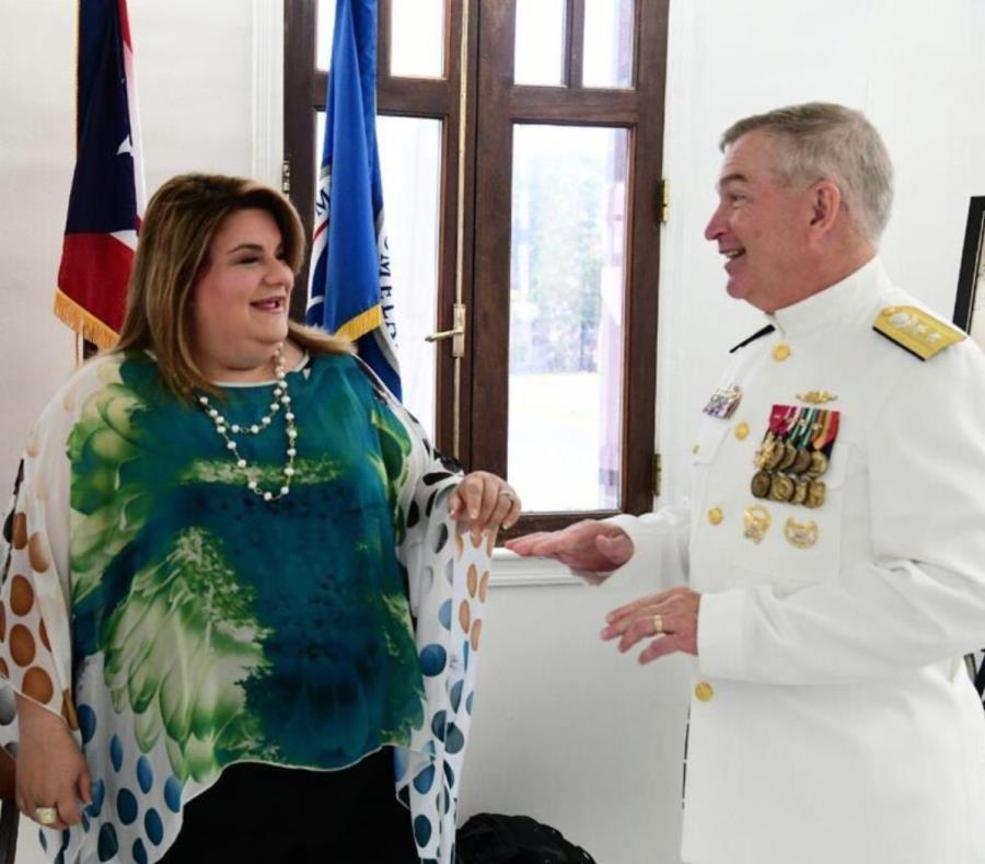 Comisionada Residente Jenniffer Gonzalez Almirante Peter Brown