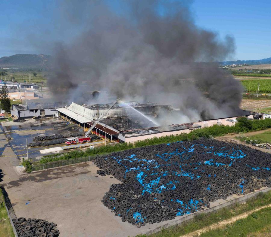 Neumaticos Fuego Planta Recicladora De Gomas Green Enterprises En Guanica