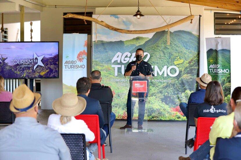 Compañía de Turismo entrega incentivos de $5,000 a empresas agroturísticas